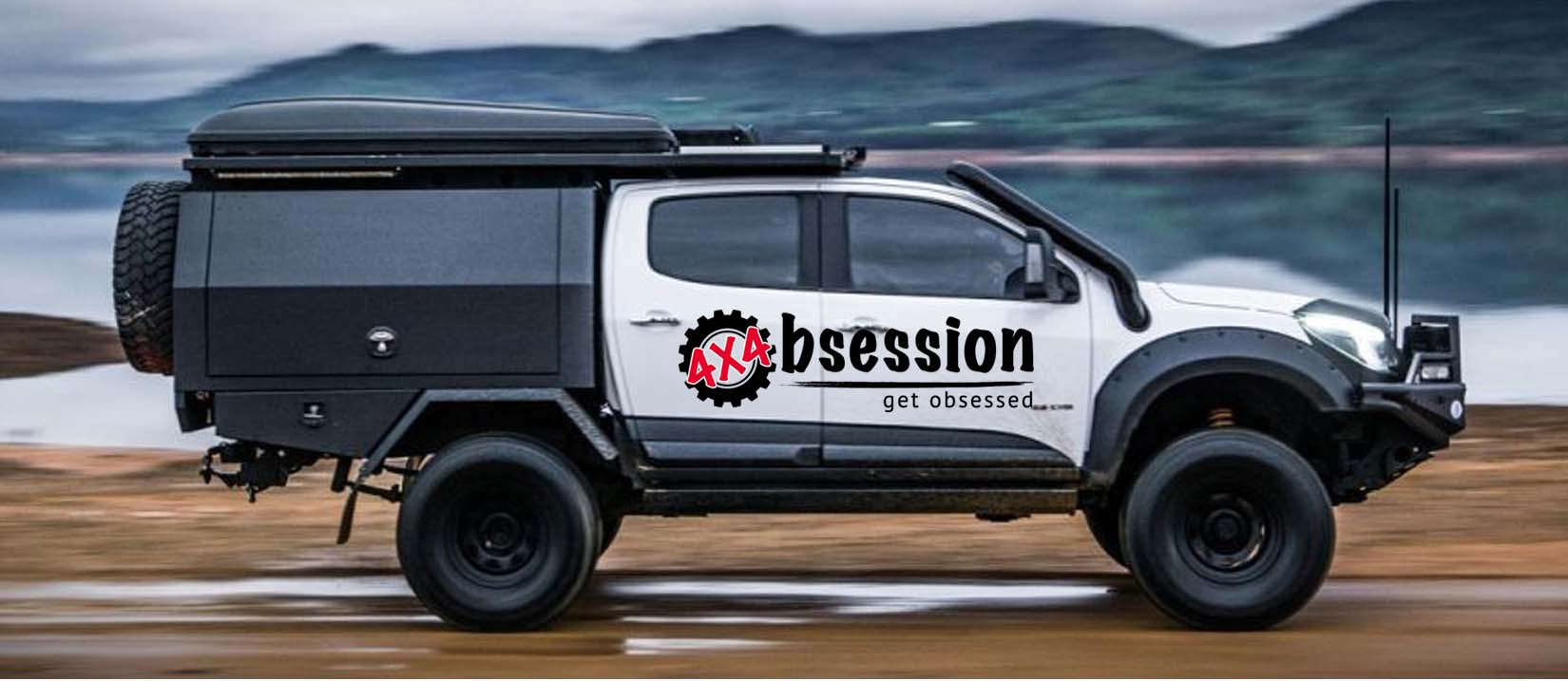Black and White 4WD side view with 4WD Accessories Kit Upgrade Check Points | 4x4 Obsession