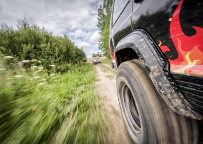 High Speed Four Wheel Driving in Action   4x4 Obsession, Industry Leaders