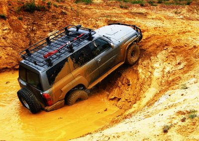 Off Road Adventure, Black 4WD Driving through mud pits   4x4 Obsession, 4WD Mechanics