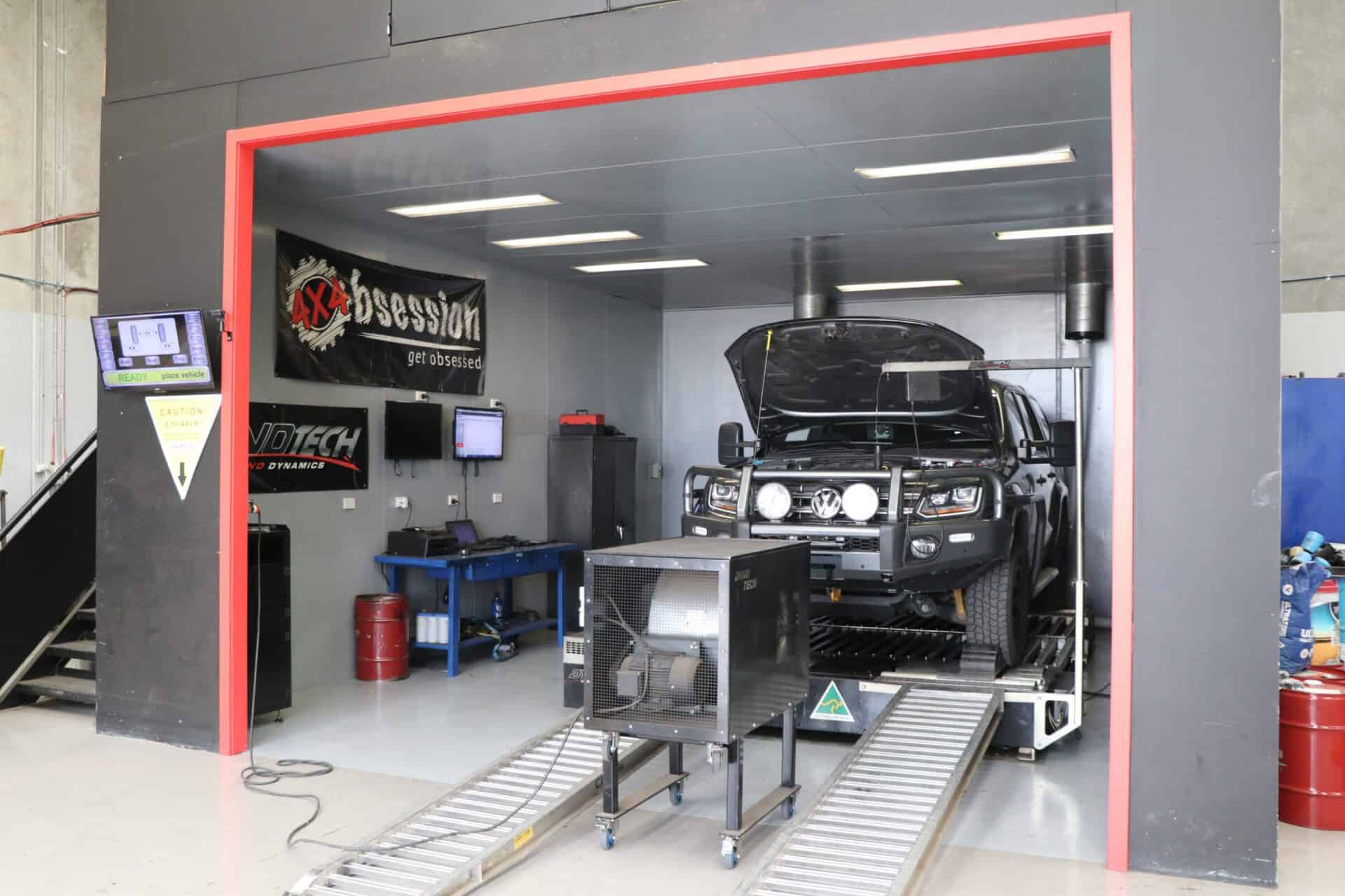 Diesel Tuning Mechanics perform 4WD Dynamometer Testing   4x4 Obsession Workshop, Melbourne, Victoria