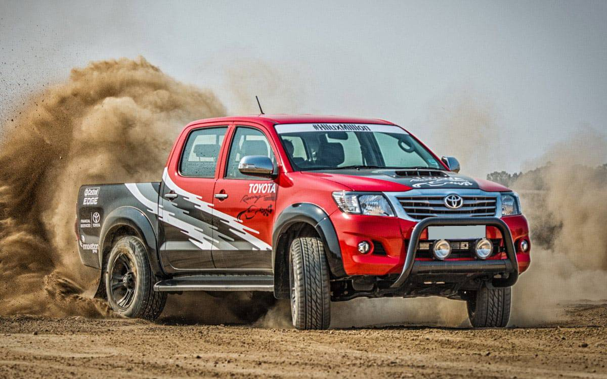 A Toyota Hilux dirt burnout after a V8 Engine Conversion | 4x4 Obsession